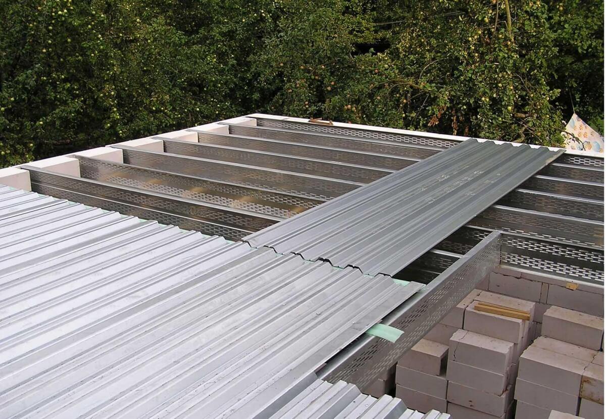 Применение оцинкованного листа в строительстве